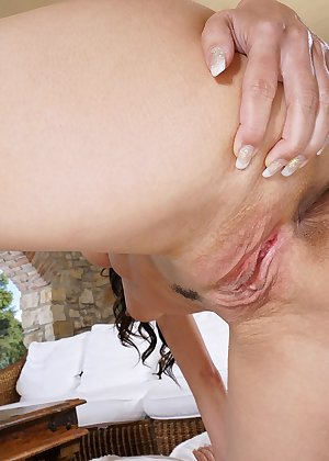 Model Lexa , IntheCrack Pussy Closeup Gold collection big large clits #12