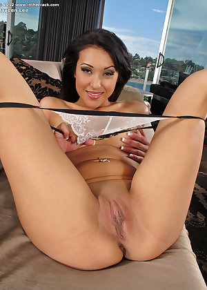 Model Jayden Lee , IntheCrack Pussy Closeup Gold collection labia mature
