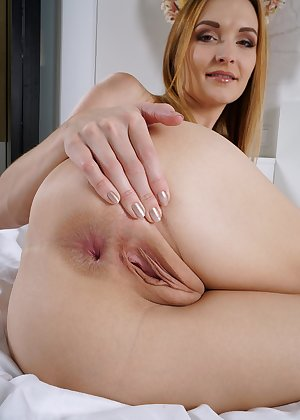 Model Belle , IntheCrack Pussy Closeup Gold collection bald vagina pictures #8