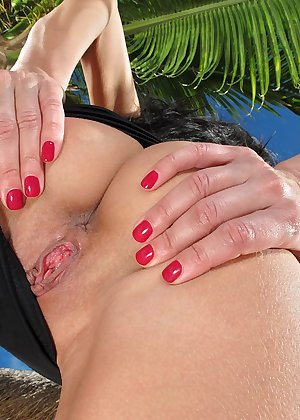 Model Breanne Benson , IntheCrack Pussy Closeup Gold collection shaved tight vagina #3